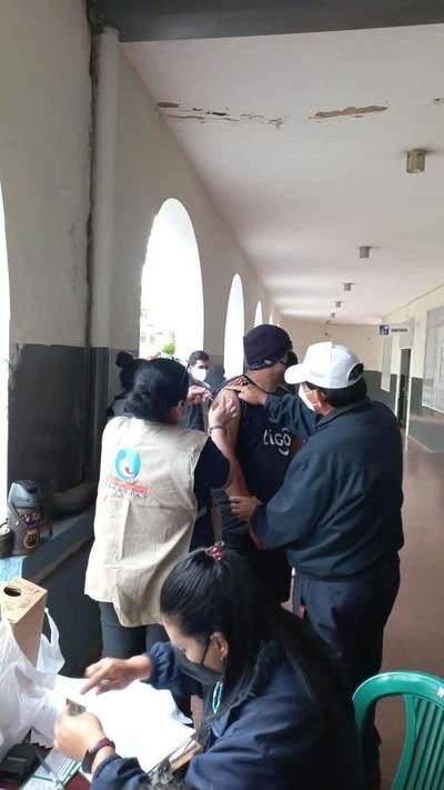Jornada especial de vacunación en la Basílica de Caacupé
