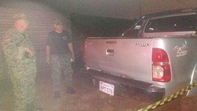 Abandonan camioneta repleta con paquetes de marihuana en PJC