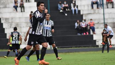 Mirá el golazo de Juan Gómez para Deportivo Santaní