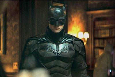 El Batman de Robert Pattinson se luce en un espectacular nuevo tráiler
