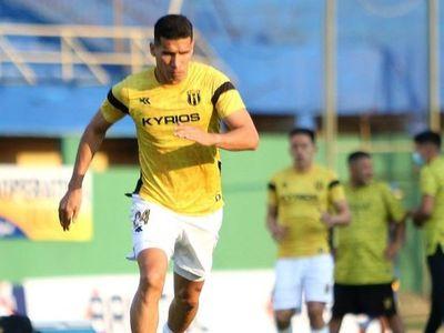 Marcos Cáceres está disposición para enfrentar al 12 de Octubre