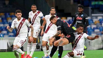 Napoli vence por la mínima al Torino de Sanabria