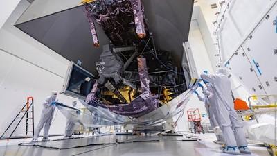 La NASA 'desempaqueta' el telescopio espacial más potente y costoso del mundo
