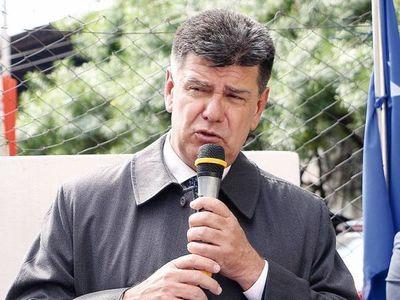 Efraín Alegre sostiene que Cartes y Abdo conducen al Paraguay a una narcodemocracia