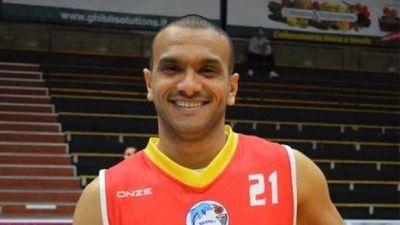 Fallece un jugador de 32 años de la tercera del baloncesto italiano por un paro cardiaco