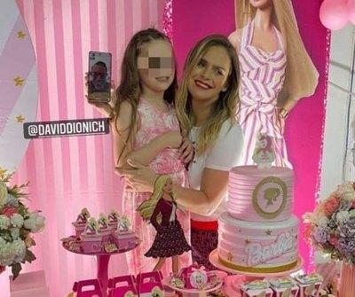 """Crónica / ¡DIJO PRESENTE! Dionich """"virtual"""" en cumpleaños de su hija"""