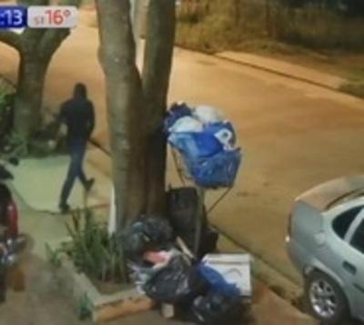 En cuestión de segundos roban motocicleta en Fernando de la Mora