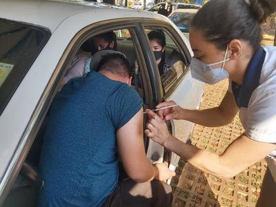 Desde hoy, más lugares de vacunación habilitados en CDE