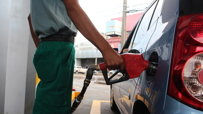 Para noviembre podría volver a subir el precio de combustibles
