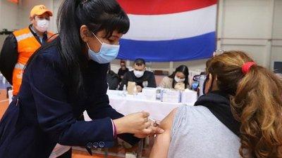 Primera y segundas dosis: vacunarán hasta el viernes 22 de octubre
