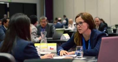 La Nación / Quieren establecer vínculos entre el sector empresarial femenino de Chile y Paraguay