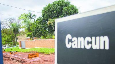 CANCÚN, una de las calles menos paradisíacas de Sanlo