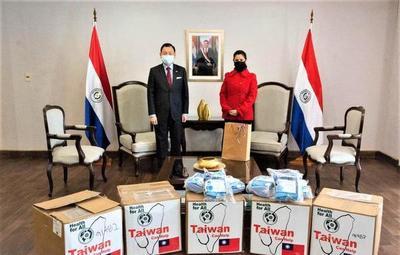 Destacan medicamentos, insumos y equipos tecnológicos donados por Taiwán a Paraguay