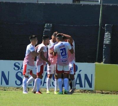 San Lorenzo saca a 'Triqui' de la lucha por el ascenso y se aferra a una mínima chance