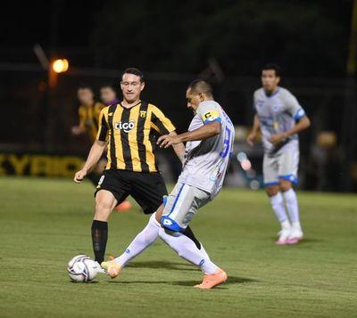 12 de Octubre-Guaraní: equipos confirmados