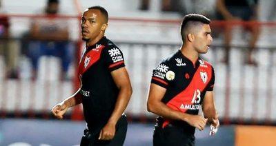 El Goianiense de Montenegro rompe la racha del Mineiro de Alonso
