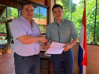 Carlos Arrechea nombra a Aldo Benítez Secretario de Turismo de la Gobernación