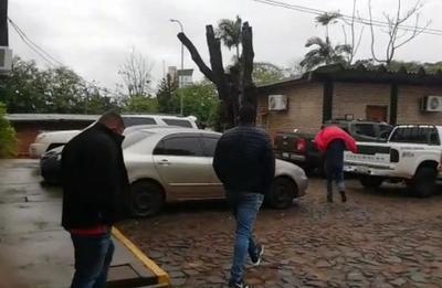 Juez ordena prisión de policías de la comisaría sexta imputados extorsión a camionero brasileño – Diario TNPRESS