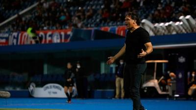 Celso Ayala deja la conducción de River Plate