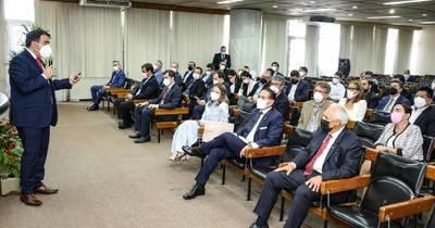 La Nación / Presentaron ventajas competitivas de Paraguay a inversionistas bolivianos