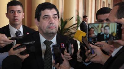 Velázquez inicia prematura campaña electoral