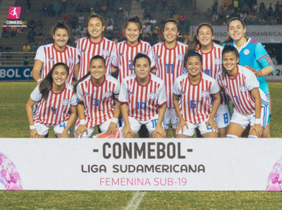 Triunfo de Paraguay en su estreno