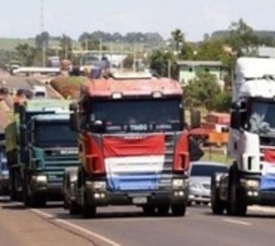 Camioneros piden reajuste del precio del flete ante suba del gasoil