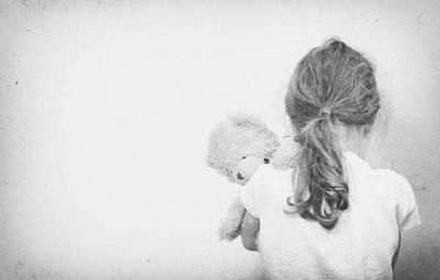 15 años de encierro por abusar sexualmente de su hija de 4 años
