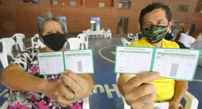 Crónica / 600 personas recibieron tercera dosis en Central