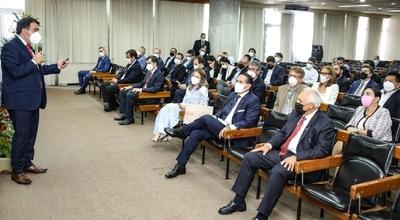 Presentan ventajas competitivas de Paraguay a inversionistas bolivianos