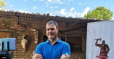 La Nación / Emprendedores LN: elaboraba cuchillos artesanales como pasatiempo, ahora sueña con despuntar en Mercosur