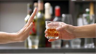 La OMS pide disminuir consumo de alcohol para reducir el riesgo de contraer cáncer de mama