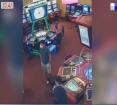 Solitario ladròn se alza con millonario botín de casino
