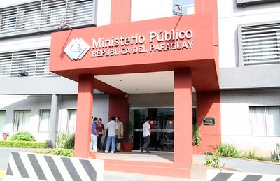 Funcionarios del Ministerio Público anuncian huelga de un mes