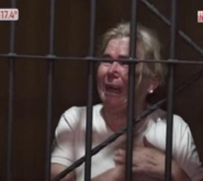 Mujer de 67 años pasó la noche en el calabozo