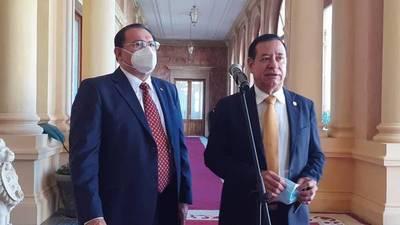 Legisladores Cuevas y Retamozo piden a Mario Abdo ser presidente de la ANR