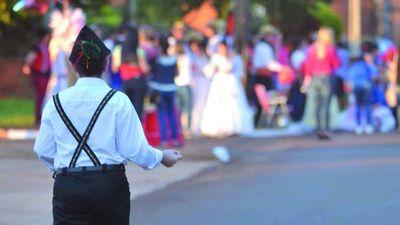 Alemanes antivacunas se mudan a Paraguay