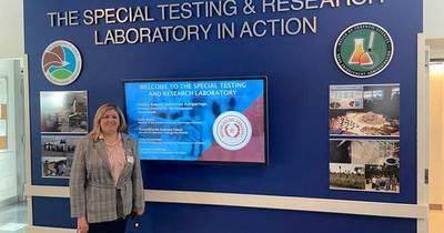 La Nación / Sandra Quiñónez visitó moderno laboratorio de la DEA