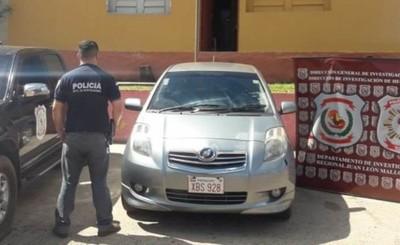 Recuperan auto hurtado en Foz, tras tenaz persecución