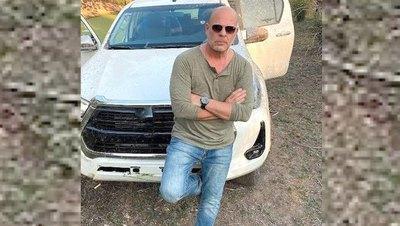 Crónica / El doble de Bruce Willis contó sobre el fuerte sol del Chaco