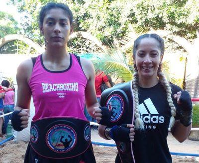 Maggi y Zaldívar, campeonas en Puños Rairó Arena