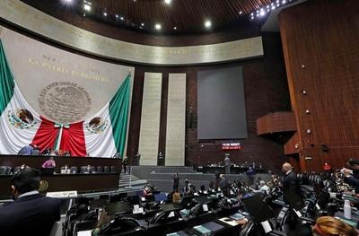 Los diputados mexicanos aprueban un registro fiscal obligatorio para jóvenes