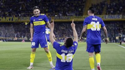 Boca Juniors vence a Godoy Cruz y sigue en la pelea