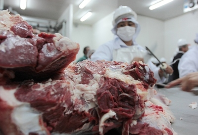 Frigoríficos, supermercadistas y MIC acuerdan bajar precios de la carne