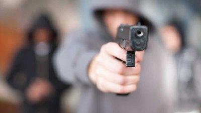Crónica / ¿Otra vez sicarios? Asesinos acribillaron a un hombre que estaba jugando futbolacho