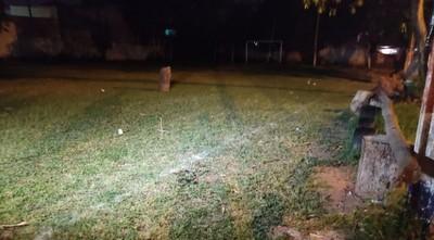 Matan a un hombre de 13 disparos en una canchita del barrio San Pablo en Asunción