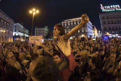 PSOE y Podemos blanquean la violencia en España