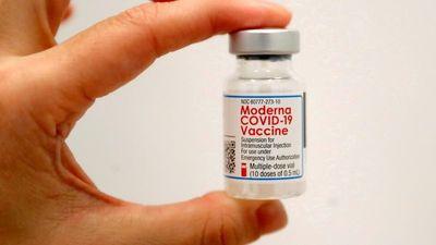 En EEUU recomiendan dosis de refuerzo de Moderna y J&J