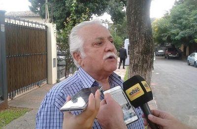 """Mario Abdo """"no puede ejercer más que la Presidencia del país"""", recuerda extitular de la ANR"""