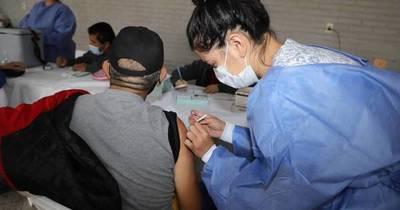 La Nación / El 95%, personas no inmunizadas